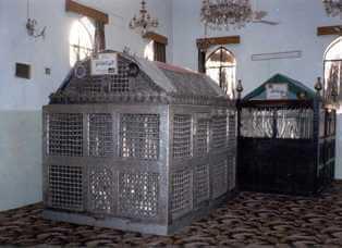 Imam_Al_Juneid_grave